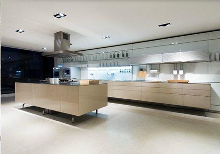 eurocucina 2012 bulthaup und die living kitchen rehabitat innenbau. Black Bedroom Furniture Sets. Home Design Ideas